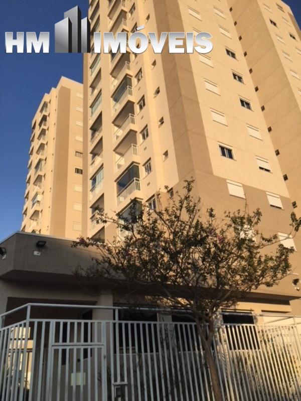 Apartamento novo no centro de Arujá com 4 vagas