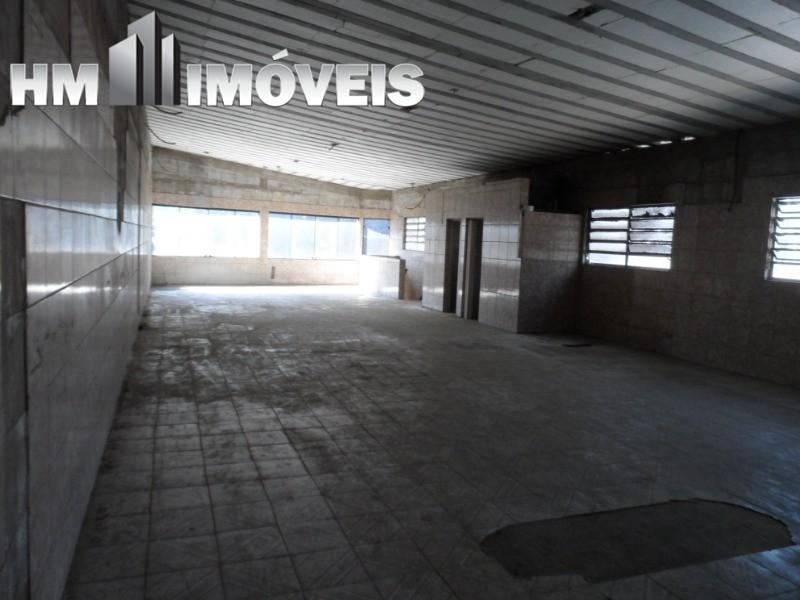 Excelente galpão Vila das Palmeiras, próximo a Rodovia Presidente Dutra
