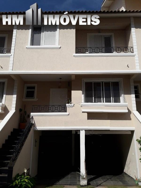 Sobrado 3 dormitórios em condomínio fechado na Vila Augusta