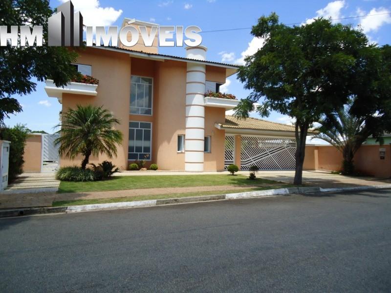 Vende ou Permuta Maravilhosa casa no condomínio em Atibaia