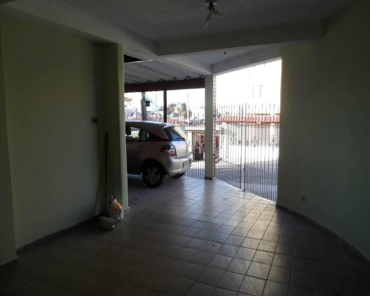 Sobrado residencial e comercial com 3 dormitórios em Guarulhos