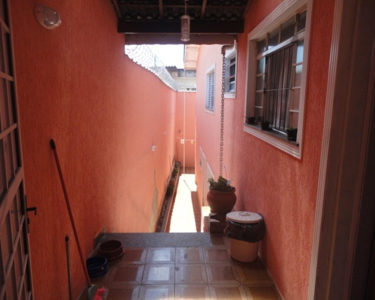 Sobrado em Guarulhos com 2 dormitórios