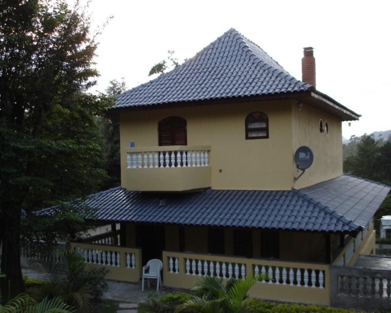 Chácara em condomínio fechado em Mairiporã