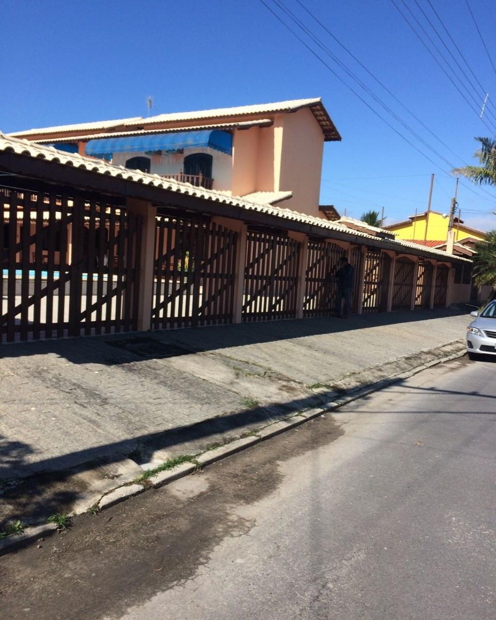 Casa à venda em Caraguatatuba
