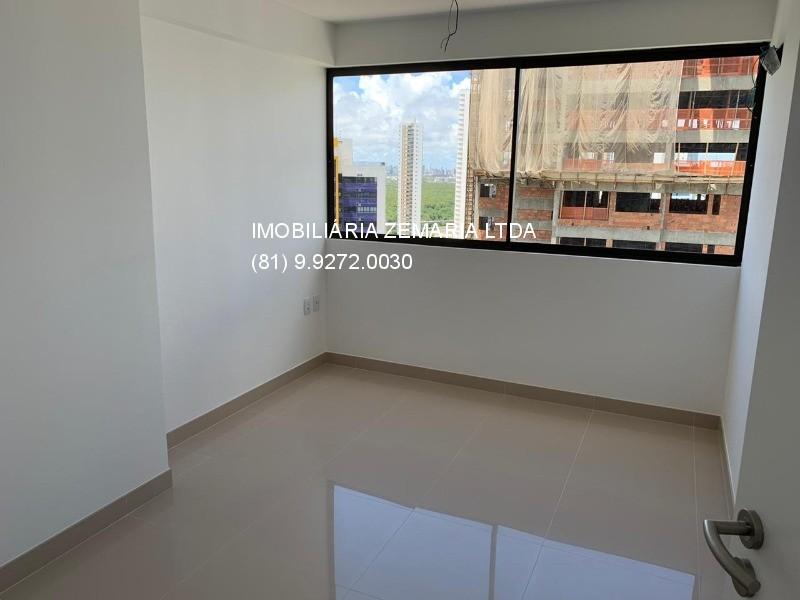 Vendo flat no Beach Class Hotels e Residence, Boa Viagem, 01 suíte, 40m², 01 vaga