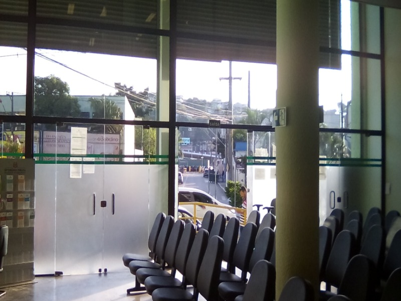 Prédio comercial com ótima localização em Franco da Rocha