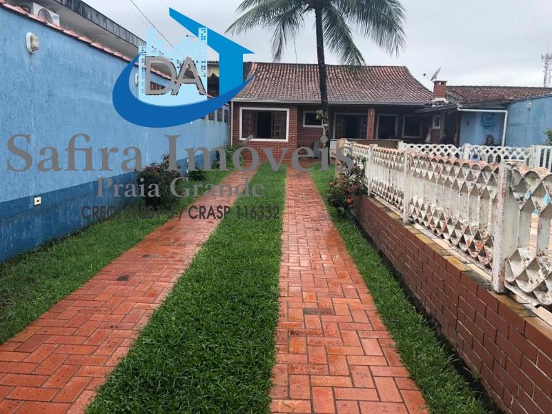 Casa  de 02 dormitórios com Piscina na Vila Tupi- Praia Grande SP