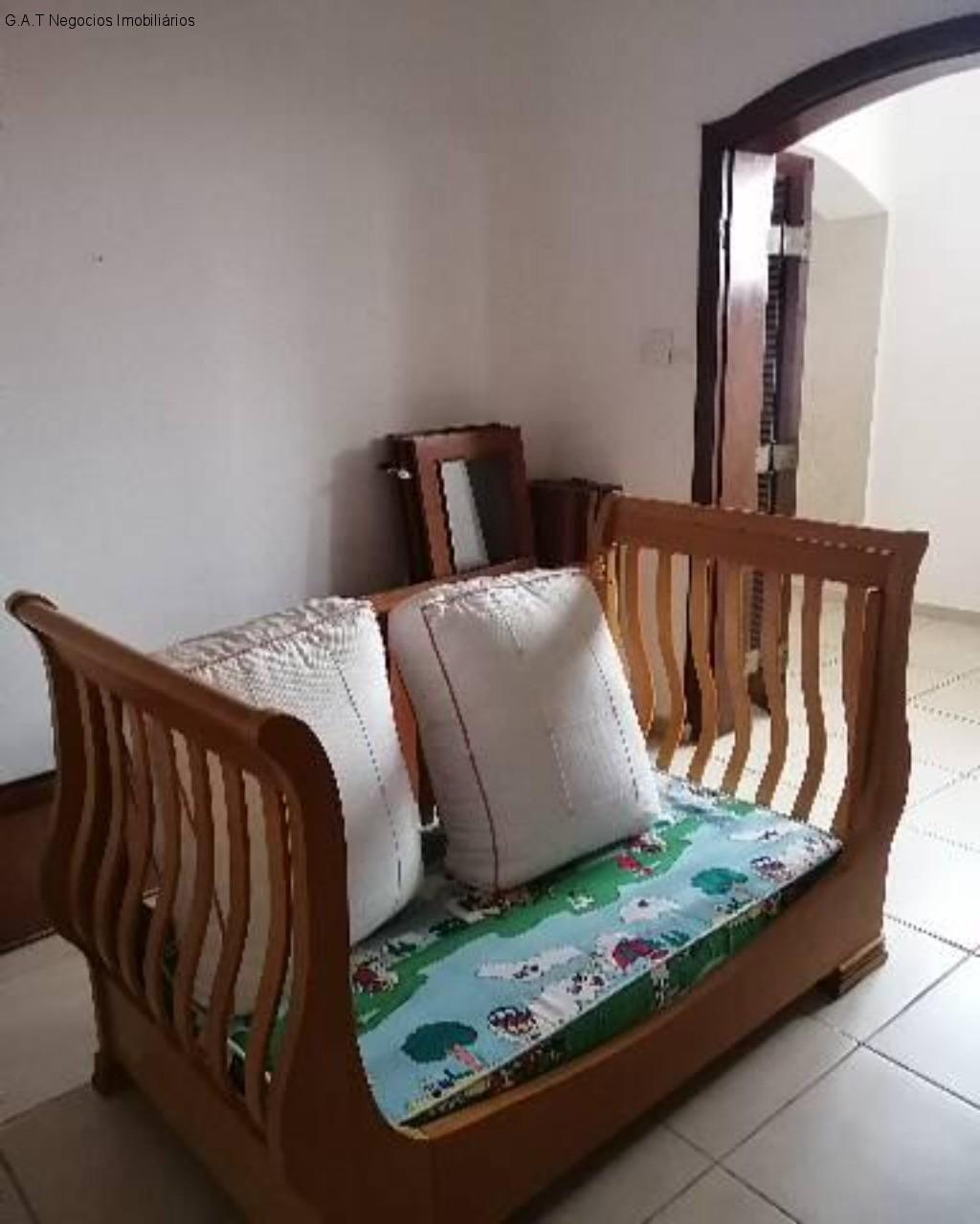 Casa com 3 Quartos,Centro, Sorocaba