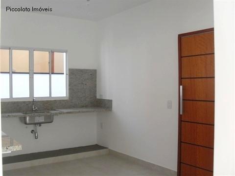 Casa de 3 dormitórios em Vila Moleta, Valinhos - SP