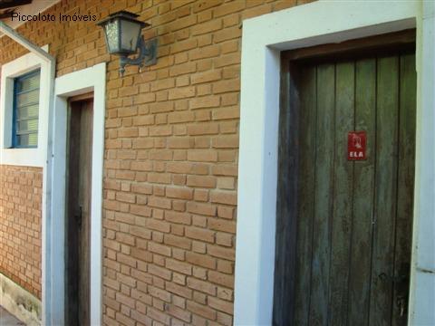 Casa de 3 dormitórios em Jaguariuna, Jaguariuna - SP