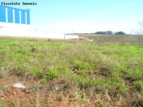 Terreno à venda em Centro, Paulinia - SP