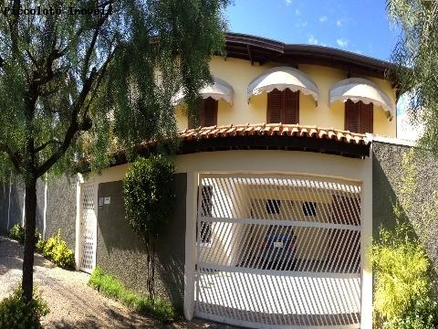 Casa de 3 dormitórios à venda em Castelo, Valinhos - SP