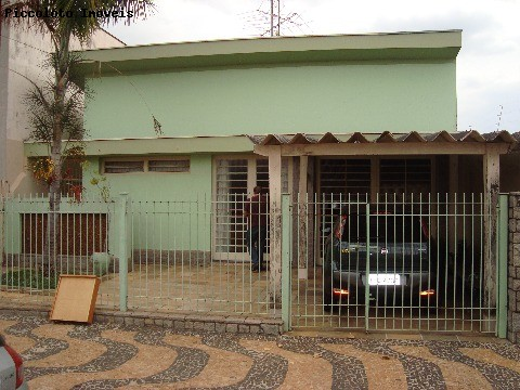 Prédio de 3 dormitórios em Castelo, Campinas - SP