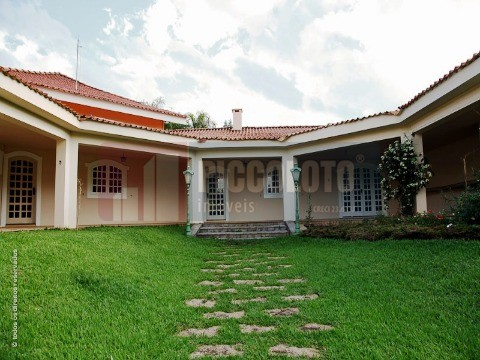 Condomínio de 4 dormitórios à venda em Dois Corregos, Valinhos - SP