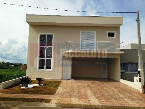 Casa de 3 dormitórios em Centro, Paulinia - SP