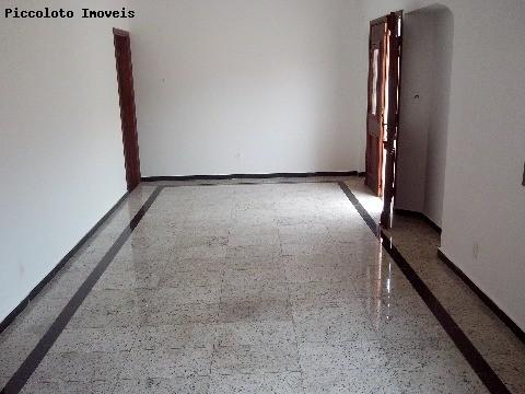 Casa de 5 dormitórios em Sousas, Campinas - SP