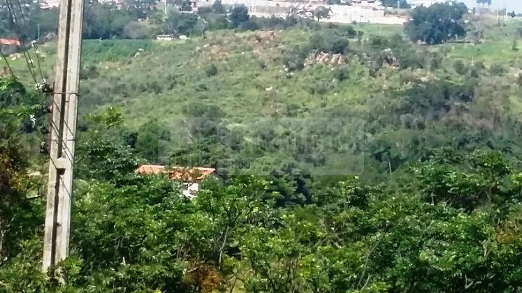 Land Lot em Chácaras Alpinas, Valinhos - SP