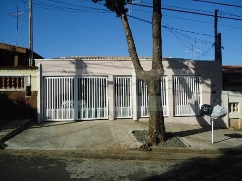 Casa de 3 dormitórios em Vila Perseu Leite De Barros, Campinas - SP