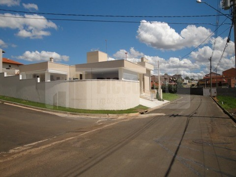 Terreno à venda em Jardim Miriam, Campinas - SP