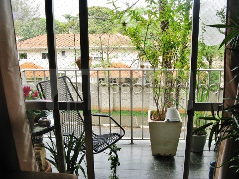 Apartamento de 3 dormitórios em Jardim Das Paineiras, Campinas - SP