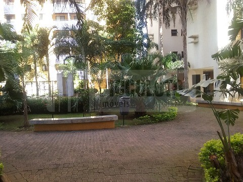 Apartamento de 4 dormitórios à venda em Jardim Das Paineiras, Campinas - SP