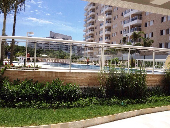 Apartamento de 3 dormitórios em Jardim De São Lourenço, Bertioga - SP