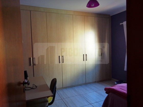 Casa de 3 dormitórios em Santa Genebra, Campinas - SP