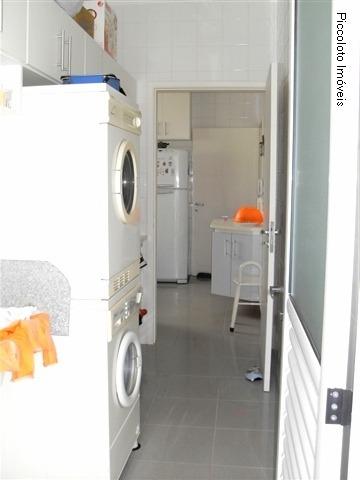 Casa de 4 dormitórios em Vila Brandina, Campinas - SP