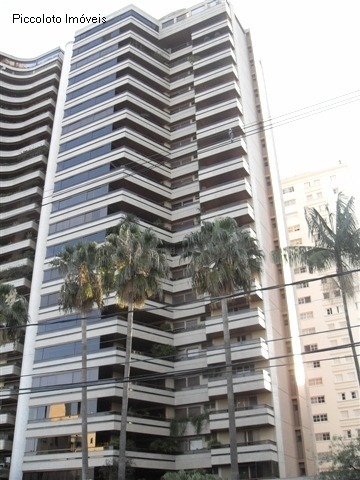 Apartamento de 4 dormitórios em Cambui, Campinas - SP