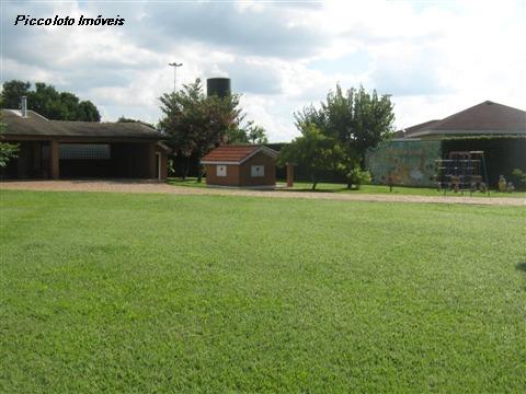 Casa de 3 dormitórios em Recanto Das Flores, Indaiatuba - SP