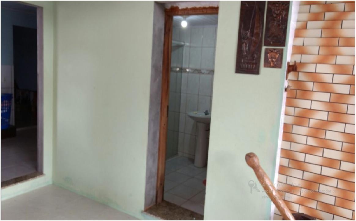 Vendo Casa em Guaramirim Centro com 251 m² de área útil e 500 m² de área externa!