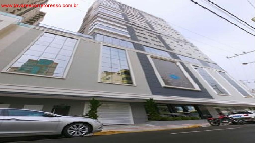 VENDO COBERTURA DE 199 M² ÁREA PRIVATIVA - MEIA PRAIA ITAPEMA R$1.500.000,00