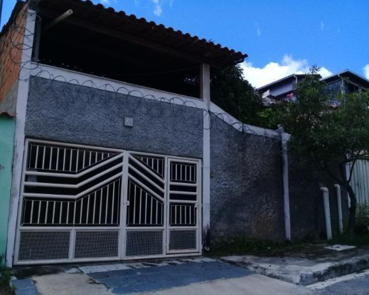 Casa 3 quarto(s) para  em Gávea II/VESPASIANO