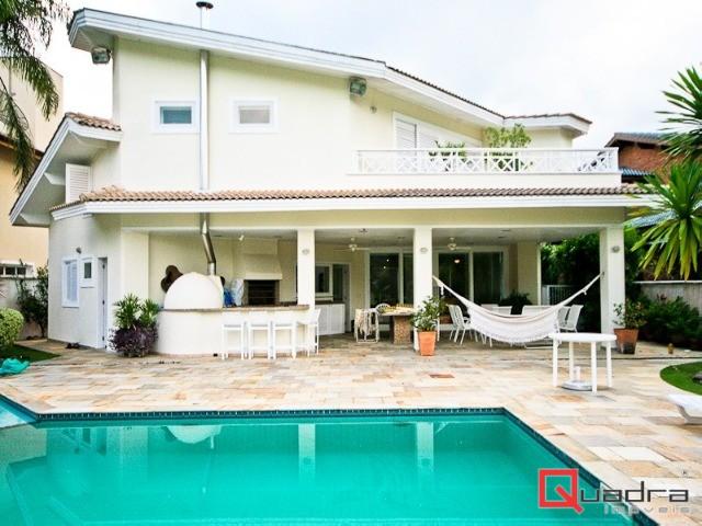 Casa com 6 suítes à venda em Caraguatatuba, no bairro Tabatinga