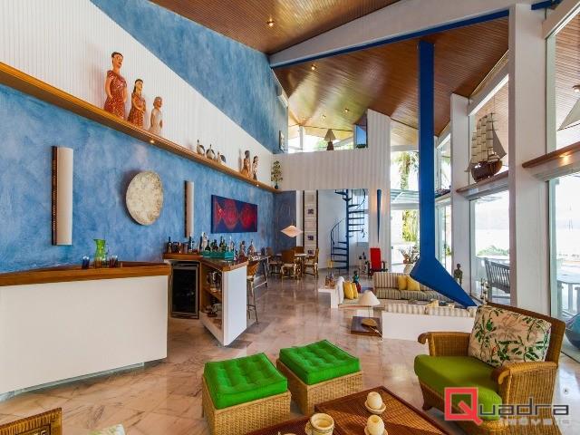 Casa com 5 dormitórios à venda em Caraguatatuba, no bairro Tabatinga