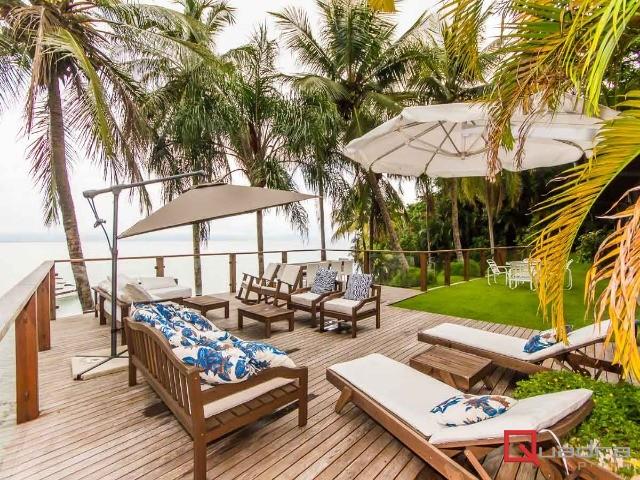 Casa com 4 suítes à venda em Sao Sebastiao, no bairro Praia Brava De Guaeca