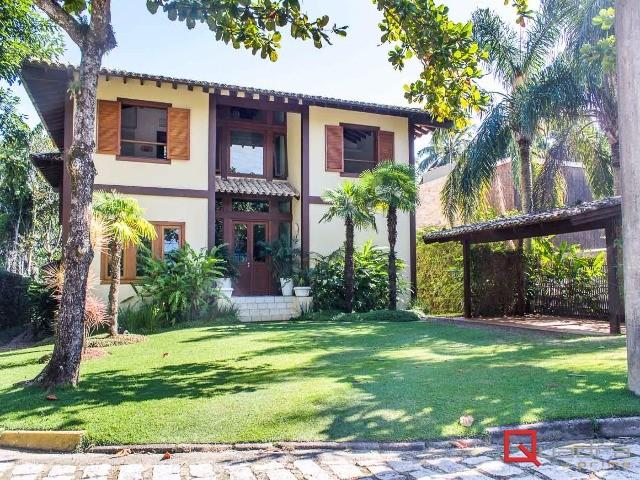 Casa com 5 dormitórios à venda em Ilhabela, no bairro Feiticeira