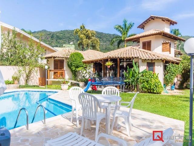 Casa com 5 dormitórios para alugar em Caraguatatuba, no bairro Tabatinga