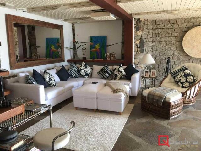 Casa com 6 dormitórios à venda em Ilhabela, no bairro Curral