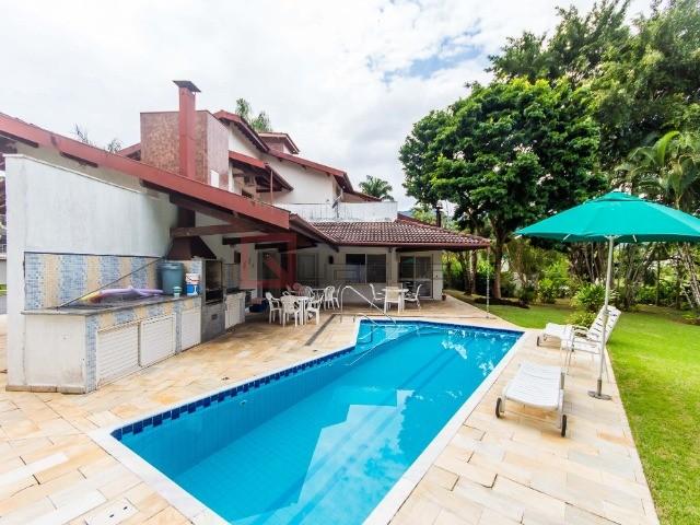 Casa com 4 dormitórios (2 suítes) para alugar em Caraguatatuba, no bairro Tabatinga