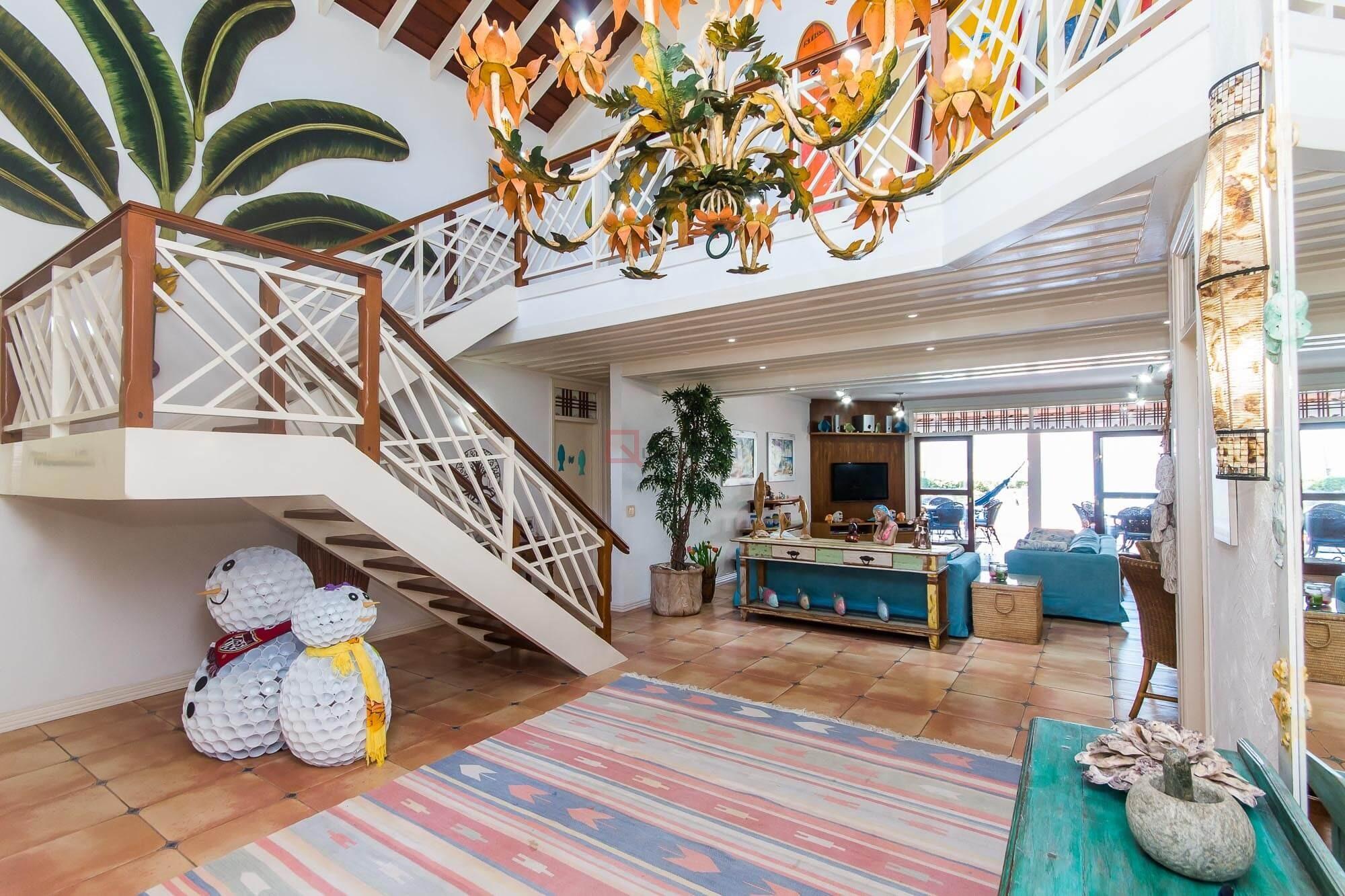 Casa com 9 dormitórios à venda em Caraguatatuba, no bairro Tabatinga