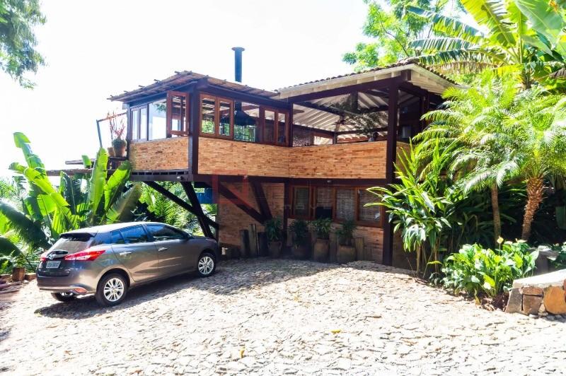 CASA em Ilhabela, no bairro Armacao