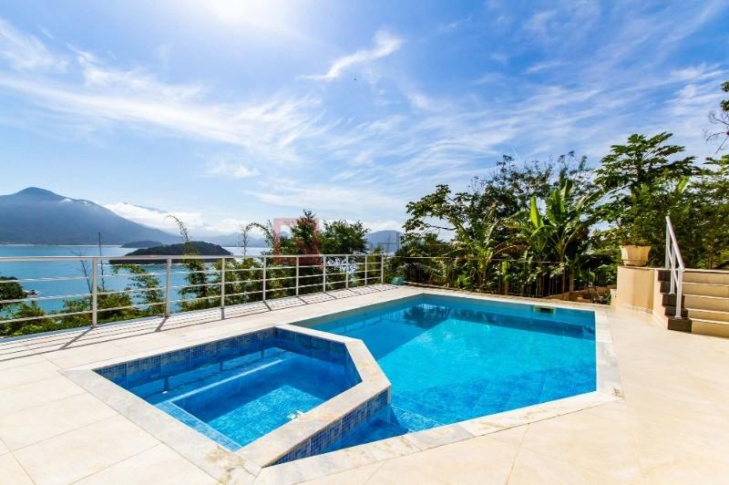 Casa com 6 suítes à venda em Ubatuba, no bairro Praia Do Pulso
