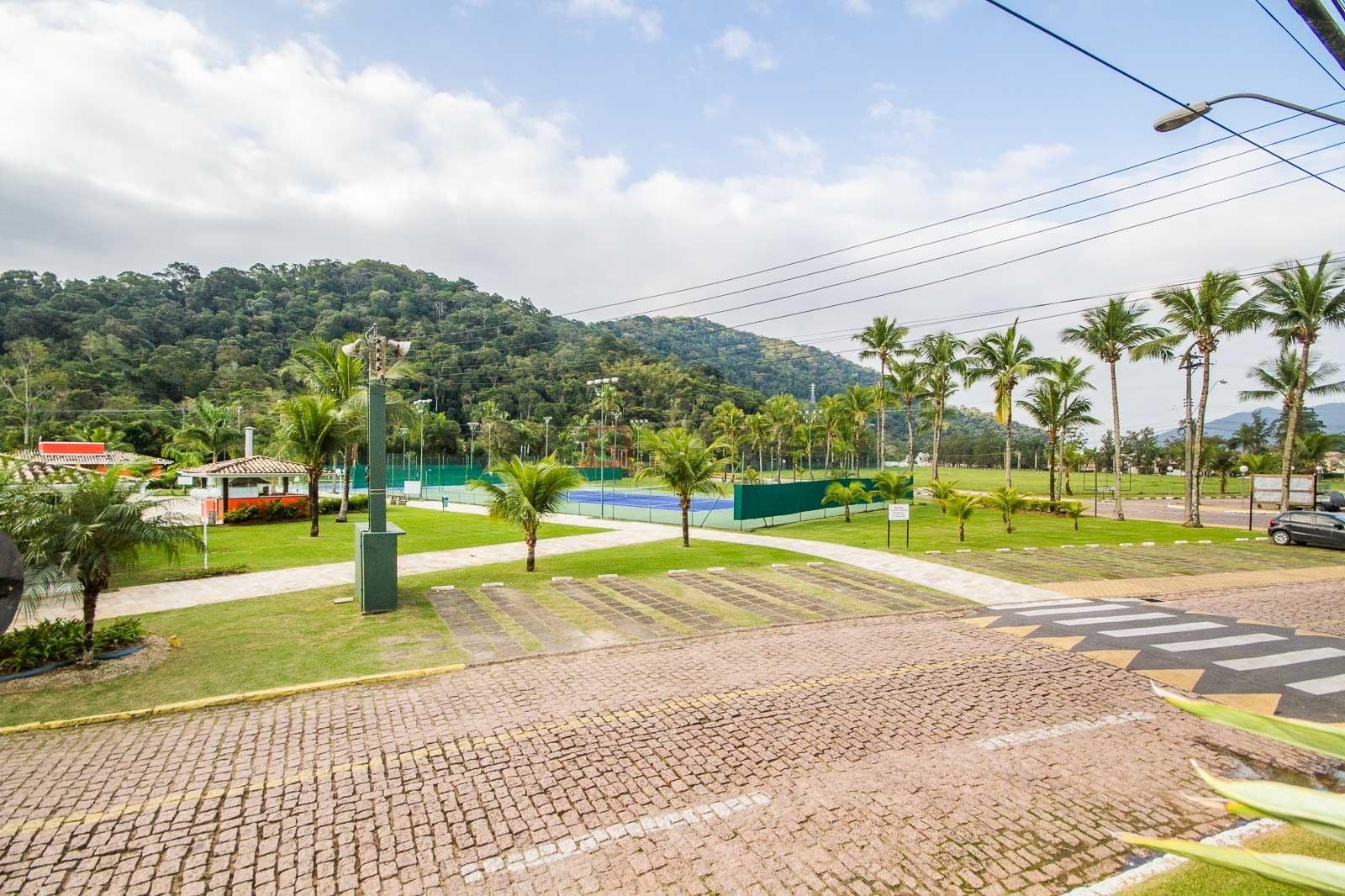 APARTAMENTO em Caraguatatuba, no bairro Tabatinga