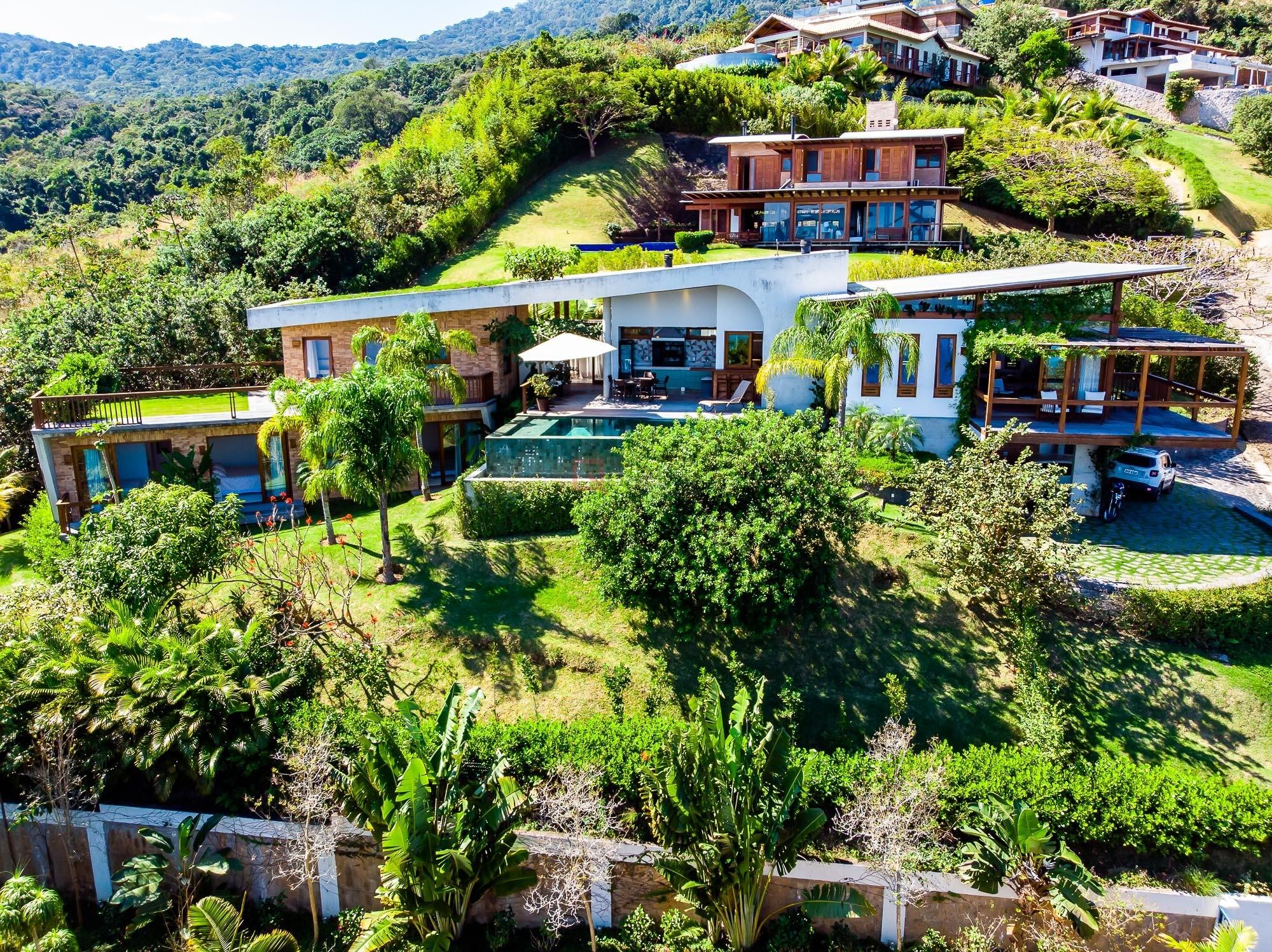Casa com 4 dormitórios à venda em Ilhabela, no bairro Arrozal