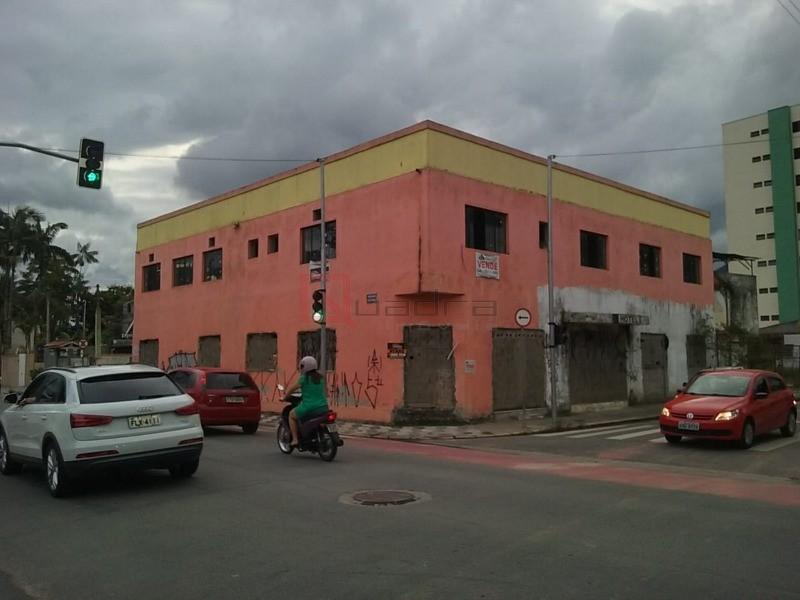 Galpão à venda em Caraguatatuba, no bairro Centro