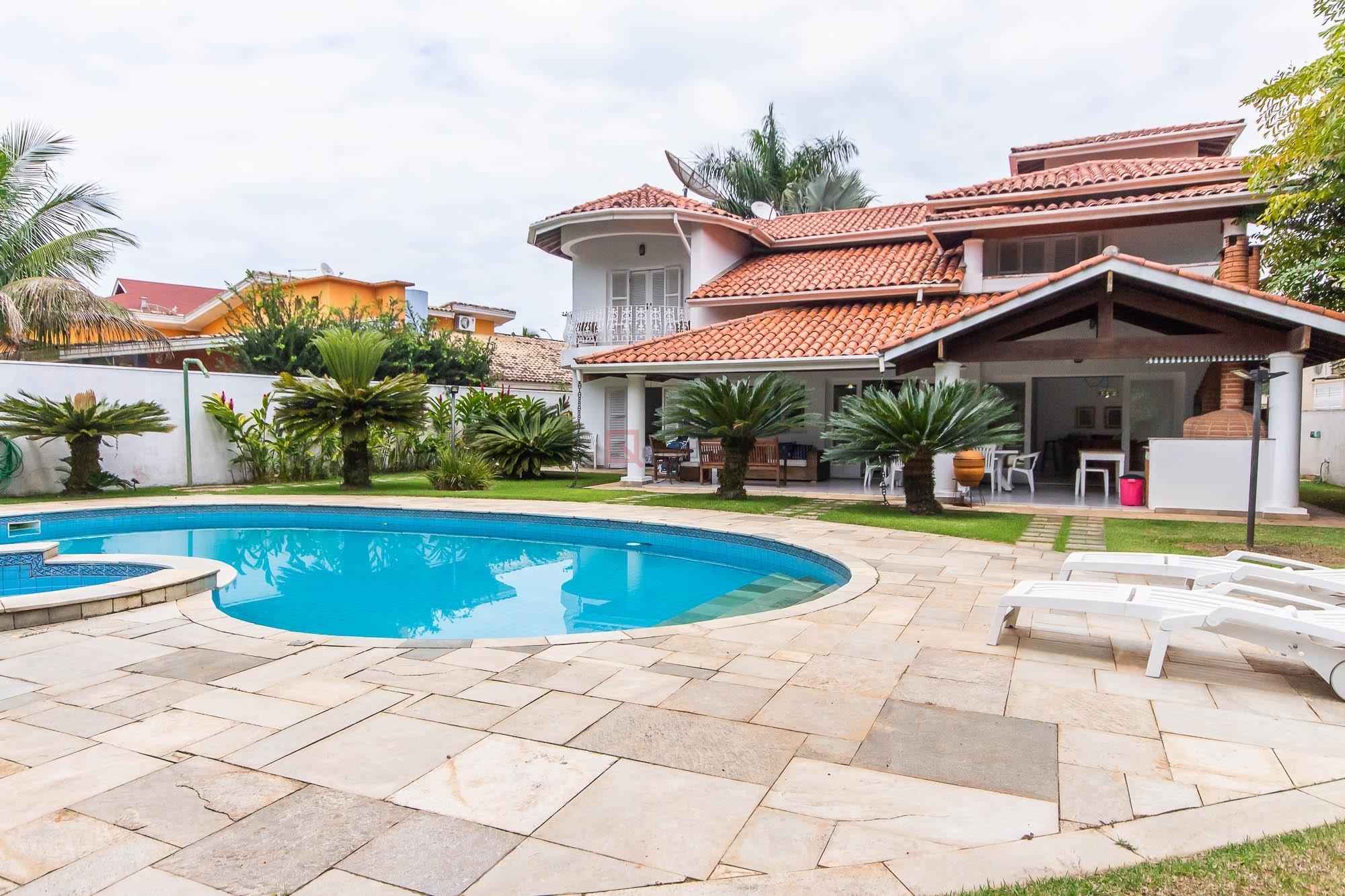 Casa com 4 dormitórios para temporada em Caraguatatuba, no bairro Tabatinga