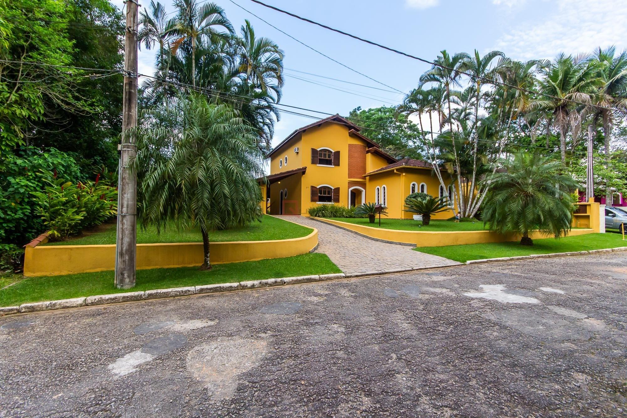 Casa com 4 dormitórios à venda em Caraguatatuba, no bairro Park Imperial