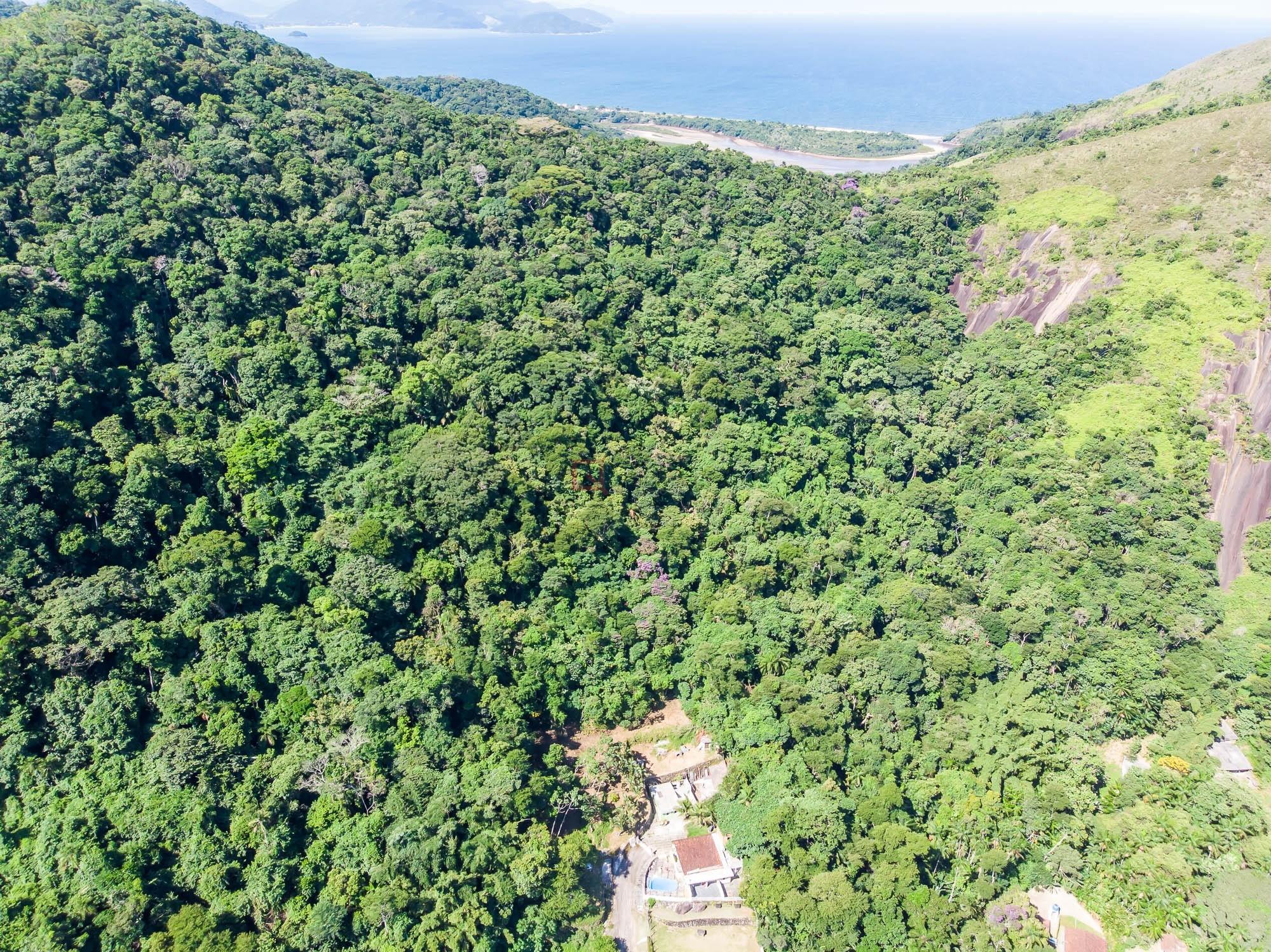 área à venda em Caraguatatuba, no bairro Martim De Sá