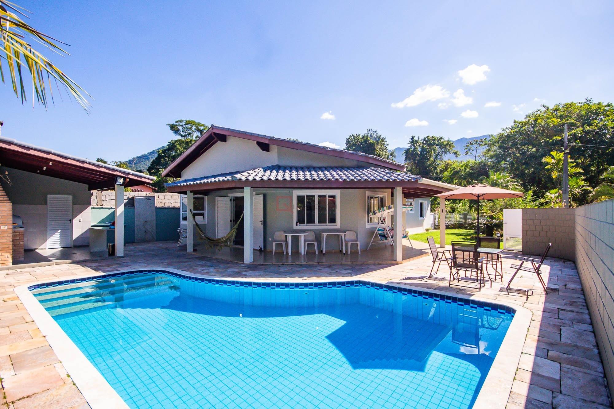 Casa com 3 suítes à venda em Caraguatatuba, no bairro Mar Verde Ii